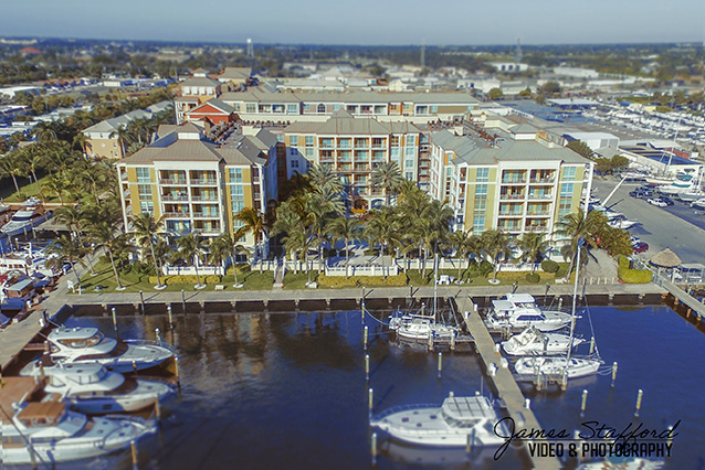 Aerial Photographer of Apartment Building in Lantana, Florida