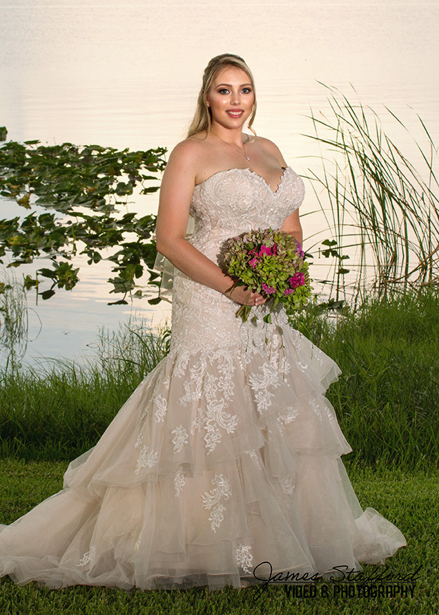 Bride by the Lake in Lake Wales, Florida